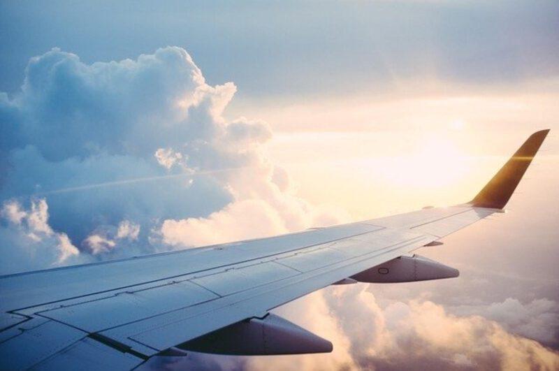 Pierwszy lot samolotem