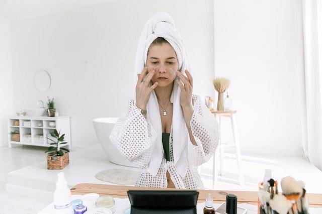 Skąd czerpać informacje na temat pielęgnacji i kosmetyków?